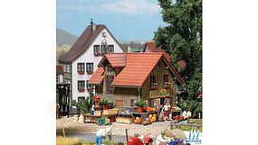 Busch Farm Shop Accessories HO Scale Model Railroad Building Accessory #1075