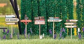 Busch Wooden Signposts pkg(5) HO Scale Model Railroad Trackside Accessory #1488