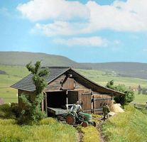 Busch Wooden Barn - Laser-Cut Wood Kit HO Scale Model Railroad Building #1508
