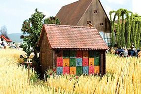 Busch Apiary (Bee Hive Shed) - Kit (Laser-Cut Wood) HO Scale Model Railroad Building #1520