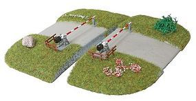 Busch Rlwy Level Xing Curved (2) HO Scale Model Railroad Trackside Accessory #3209