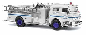 Busch 1970 American LaFrance Closed Cab Pumper HO Scale Model Railroad Vehicle #46008