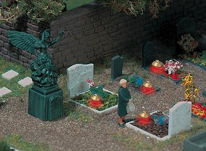 Busch Four Graves w/Lamps & Angel Statue HO Scale Model Railroad Building Accessory #5404