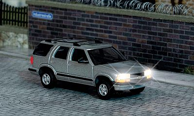 Busch Gmbh Chevrolet Blazer SUV w/Working Headlights & Taillights -- HO Scale Model Railroad Vehicle -- #5658