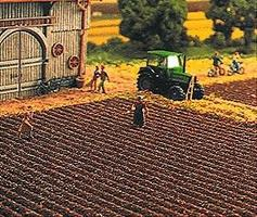 Busch Plowed Field Sheet - 19 x 11 48 x 28cm HO Scale Model Railroad Grass Mat #7182