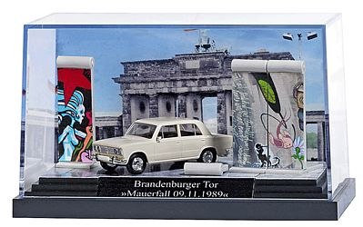Busch Gmbh Fall of the Berlin Wall Miniature Scene -- HO Scale Model Railroad Figure -- #7647