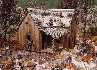 Abandoned House Kit Ho Scale Model Railroad Building 393
