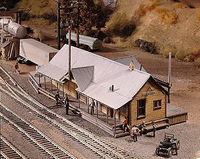 Campbell Quincy Station HO Scale Model Railroad Building Kit #402