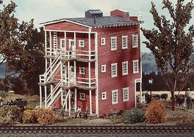 Campbell Carstens Flop House HO Scale Model Railroad Building Kit #413