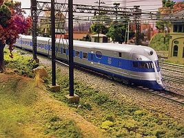 Con-Cor New Haven Comet 3-Car Streamlined Model Train Diesl Locomotive Set HO Scale #8739