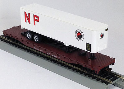 Con-Cor 54' Flatcar with Trailer Northern Pacific -- HO Scale Model Train Freight Car -- #9427