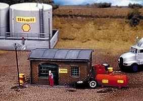 Con-Cor-Structures Cambria Tire Repair Shop HO-Scale