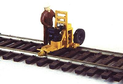 Custom Finishing Small Power Equipment - HO-Scale
