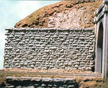 Chooch Enterprises Random Stone Retaining Wall - Medium -- HO Scale Model Railroad Scenery Structure -- #8302