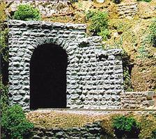Chooch Tunnel Portal Single Cut Stone 8 x 8 - O-Scale