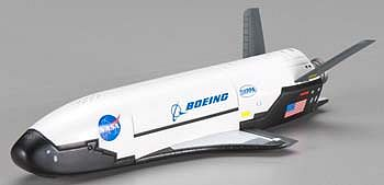 Dragon Wings Boeing X-37B Glide Test Orbital Test Vehicle -- Diecast Model Spacecraft -- 1/72 Scale -- #50386