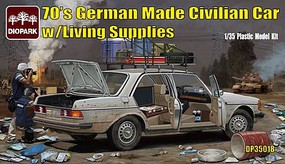 Diopark 1/35 1970s German Made Civilian Car w/Living Supplies