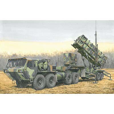 Dragon Models MIM-104B Patriot Surfact-To-Air-Missile -- Plastic Model Military Vehicle -- 1/35 Scale -- #3558