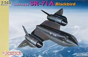 DML LOCKHEED SR-71A BLACKBIRD Plastic Model Airplane Kit 1/144 Scale #4639