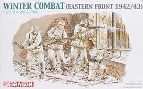 DML Winter Combat Eastern Front 1942/43 Plastic Model Military Figure 1/35 Scale #6154