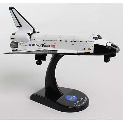 Daron Worldwide Trading Inc. 1/300 Space Shuttle Endeavour