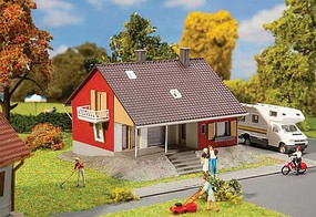 Faller One-Family House with Terrace Kit - 5-1/8 x 4-5/8 x 3-3/16 13 x 11.8 x 8.1cm