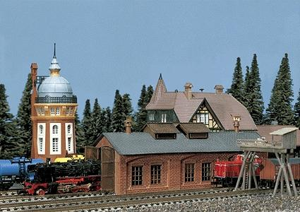 Faller Oldtimer Engine Shed Weathered Model N Scale Model Railroad Building #222141