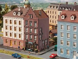 Faller Old Town House with Bar/Tavern Weathered Kit N Scale Model Railroad Building #232334