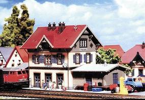 Faller Guglingen Station with Shed Z Scale Model Railroad Building #282707