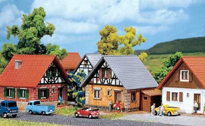 Faller Gmbh Development House -- Z Scale Model Railroad Building -- #282763