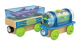 Fisher-Price Rosie's Prize Pony Thomas and Friends(TM) Wooden Railway Rosie, Animal Car, Pony, Cargo Crate and 2 Fences