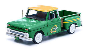 Green-Light 1965 Chevy Stepside Quaker State Diecast Model Truck 1/18 Scale #12874