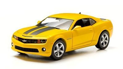 Green Light Collectibles 2011 Chevy Camaro SS Yellow -- Diecast Model Car -- 1/24 Scale -- #18219