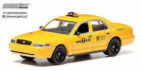 Green-Light Ford Crown Vic NYC Taxi Diecast Model Car 1/64 Scale #29773