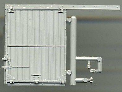 Standard Gauge Boxcar Door w/Camel Hardware (2)