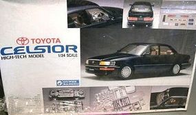 Gunze-Sangyo Toyota Celsior (Lexus) (Plastic Kit) (D) Plastic Model Car Kit 1/24 Scale #g523