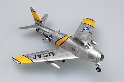 Hobby Boss EZ F-86F-30 Sabre -- Plastic Model Airplane Kit -- 1/72 Scale -- #80258