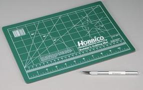 Hobbico Builders Cutting Mat 9x12  w/Hobby Knife