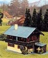 Heljan Farm House Kit HO Scale Model Railroad Building #1791