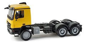 Herpa Mercedes Actros M All-Wheel-Drive Tractor HO Scale Model Railroad Vehicle #158299