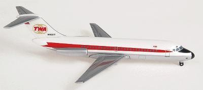 Herpa Models Douglas DC 9-10 TWA -- Diecast Model Airplane -- 1/500 Scale -- #514446
