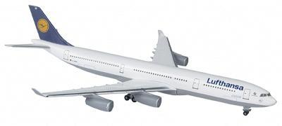 Herpa Models Airbus 340-300 Lufthansa - 1/500 Scale