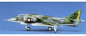 Hasegawa AV-8A Harrier Plastic Model Airplane Kit 1/72 Scale #00240