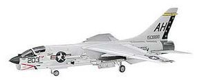 Hasegawa F-8E Crusader Plastic Model Airplane Kit 1/72 Scale #00339