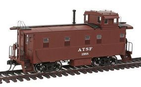 Intermountain ATSF Early Steel Caboose Atchison, Topeka & Santa Fe HO Scale Model Train Freight Car #1105
