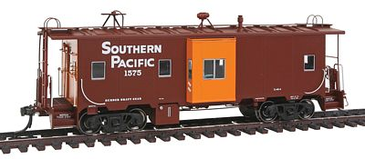 Intermountain Railway Company C-40-4 Bay Window Caboose Southern Pacific -- HO Scale Model Train Freight Car -- #1302