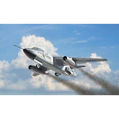 Italeri Douglas RB 66B Destroyer -- Plastic Model Airplane Kit -- 1/72 Scale -- #1375s