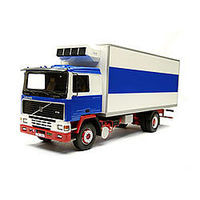Italeri Volvo F-16 Reefer Truck Plastic Model Truck Kit 1/24 Scale #553893