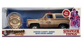 Jada-Toys 1/24 Stranger Things Hoppers 1980 Chevy Blazer w/Police Badge