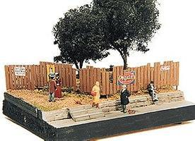 JL Custom Fencing w/Aging Signs Model Railroad Building Accessory HO Scale #305